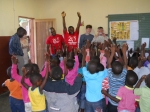Ricky Thwaites and family visit Hluvukani school